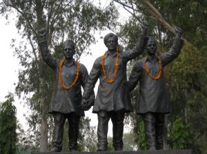 Statues_of_Bhagat_Singh,_Rajguru_and_Sukhdev