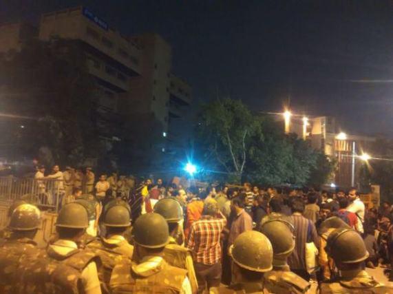 OccupyUGC-Kamla-Nagar-Police-Station-3